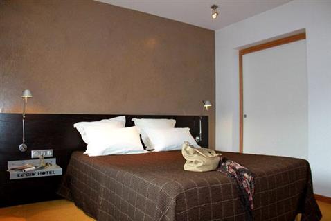 chambre contemporaine chambres de l 39 h tel loh ac. Black Bedroom Furniture Sets. Home Design Ideas